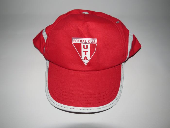 Șapcă roșie UTA Arad 1