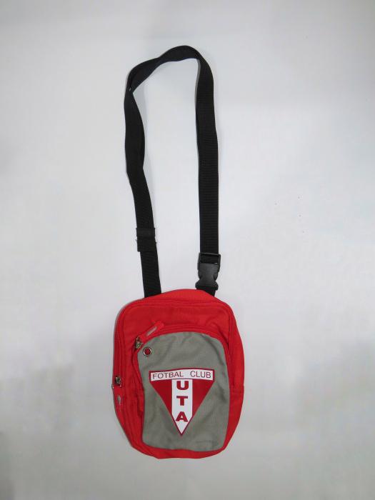 Geantă roșie UTA Arad 1