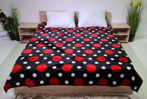 Patura pufoasa, Groasa, Negru, Buline, 180 x 230 cm, pentru paturi de 2 persoane, Good Life (PGP 11) [0]