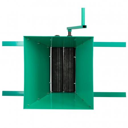 Zdrobitor de struguri (G 4), capacitate maruntire 300 kg/h, cuva 25 l, fier [2]