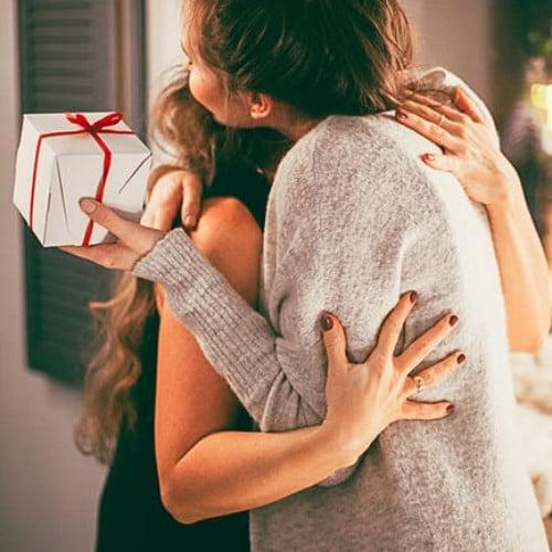 Obisnuieste-te sa oferi cadouri in orice moment al anului