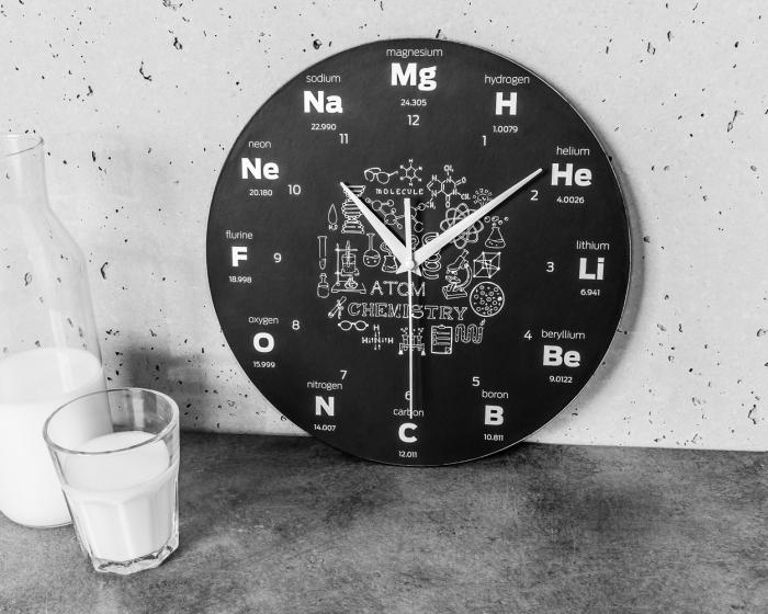 Ceas de perete  CHEMISTRY 5