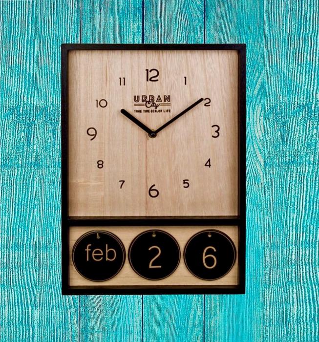 Ceas de perete din lemn cu calendar Urban 2