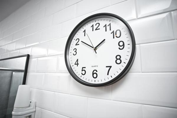 Ceas de perete Inversat 3