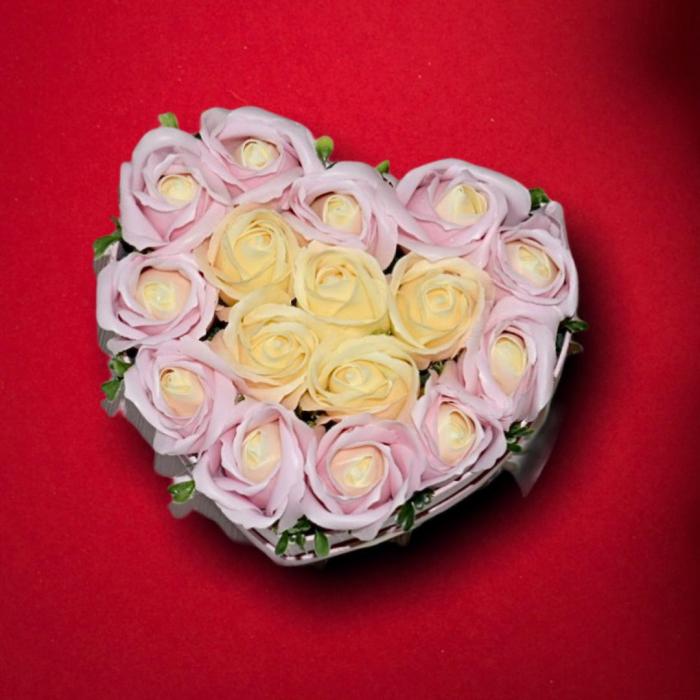 Cutie Inima cu Trandafiri din Sapun 0