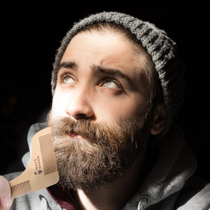 Set de pieptene din lemn pentru barbă și mustață 4