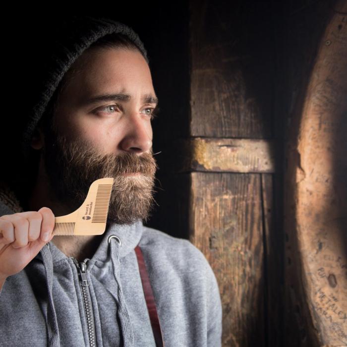 Set de pieptene din lemn pentru barbă și mustață 3