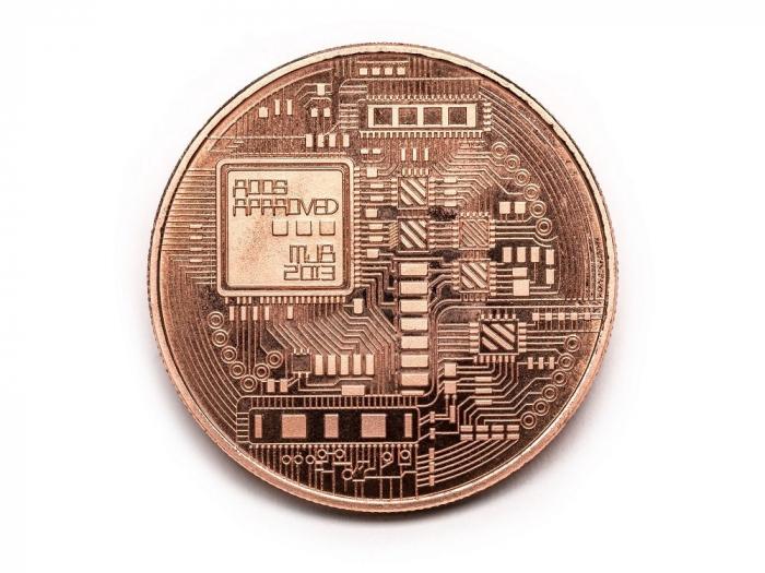 Moneda Bitcoin BTC in carcasa din plastic 1