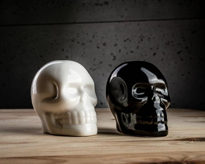 Set recipiente de sare si piper Craniu 0
