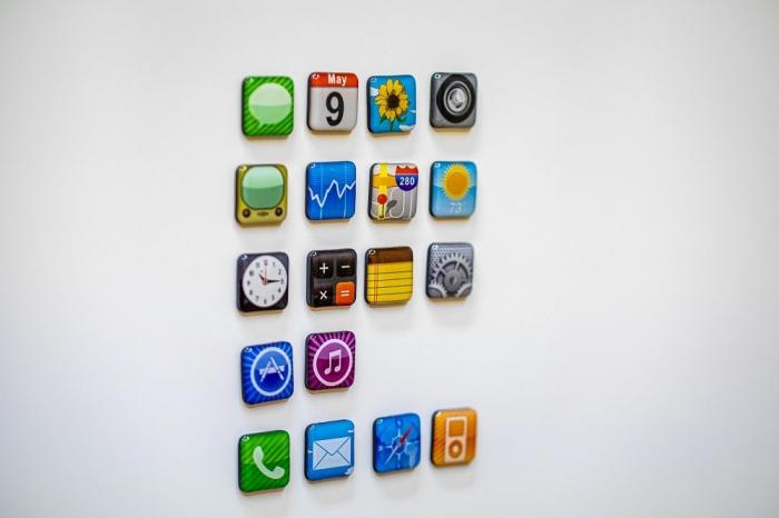 Set 18 magneti frigider Iphone Design 5