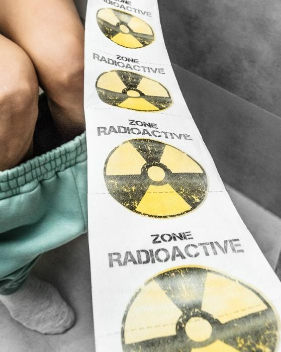 Hartie igienica RADOACTIVE ZONE XL 3