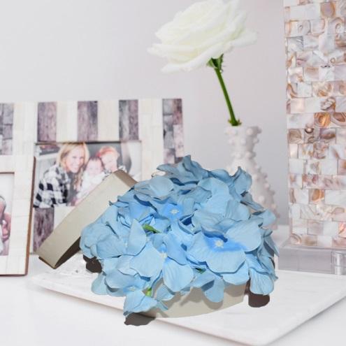 Cutie mica cu flori 0