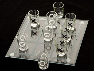 Joc de baut - X si 0 cu pahare 1