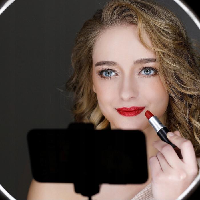 Lampa circulara portabila, cu putere de 30W pentru foto, make-up, cosmetica 3