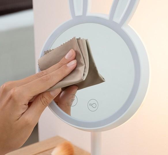 Oglinda-lampă Led pentru machiaj 2 în 1 Bany 6