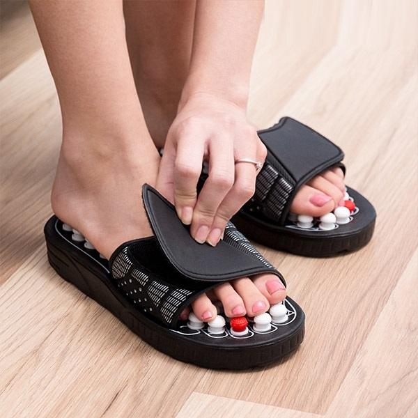 Papuci cu acupunctura 1