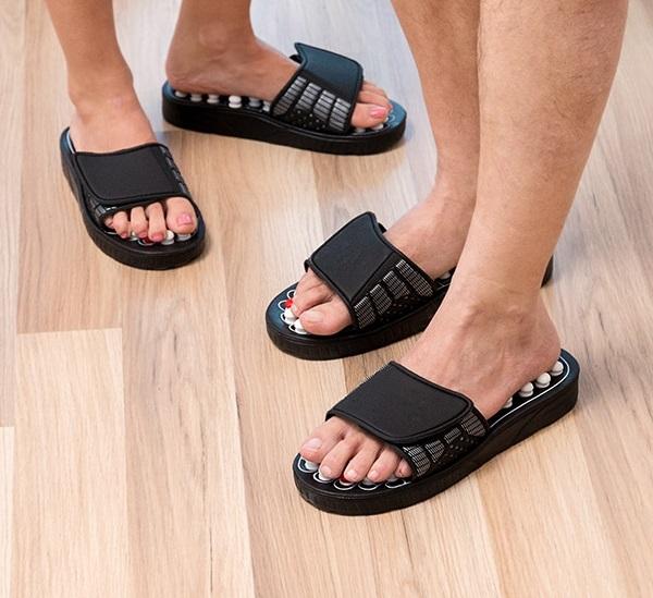 Papuci cu acupunctura 3