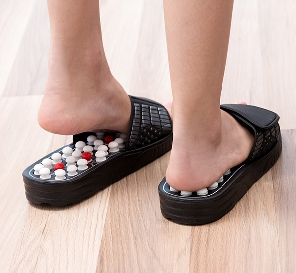 Papuci cu acupunctura 0