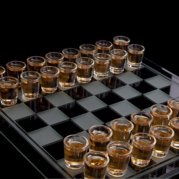 Sah cu pahare, joc de baut pentru cei strategi 4