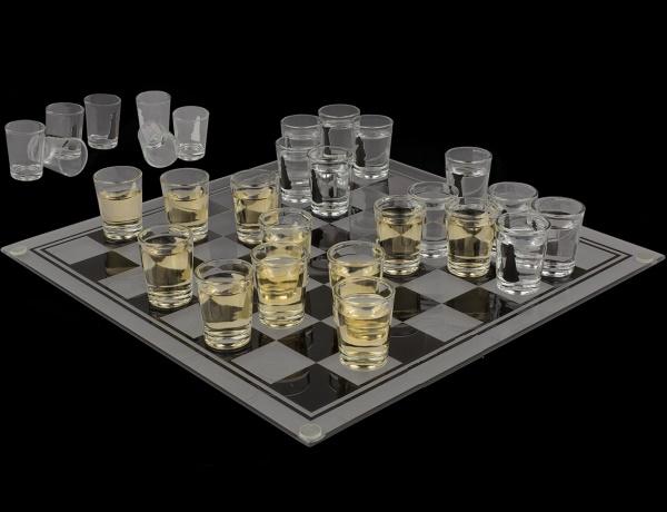 Sah cu pahare, joc de baut pentru cei strategi 1