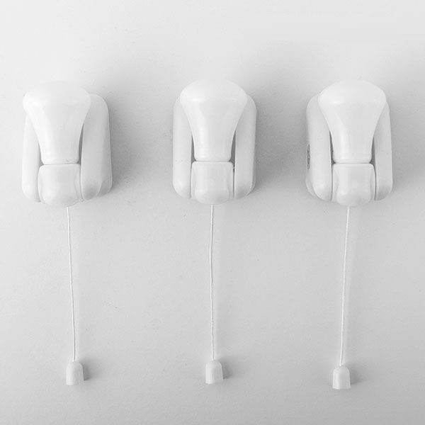 Set de 3 becuri Led fara fir cu sticker si intrerupator