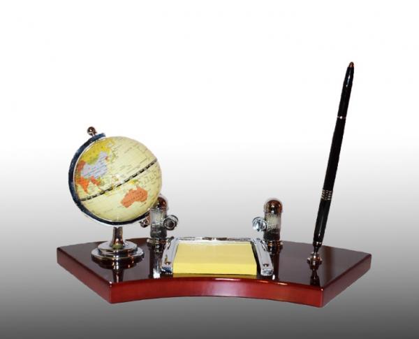 Set de birou cu pix, ceas, carnetel si glob pamantesc 0