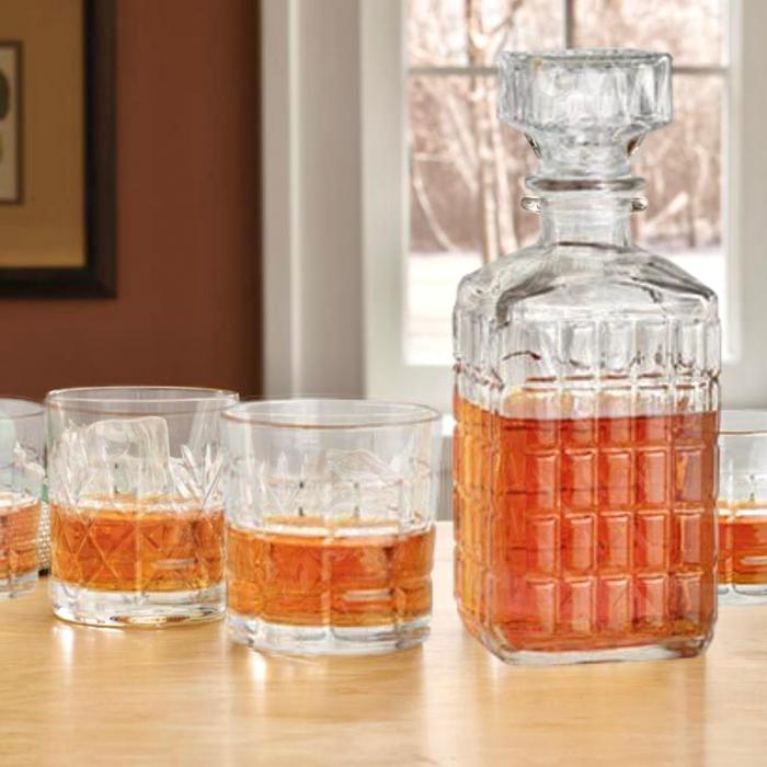 Set pentru Whisky cu 4 pahare 0