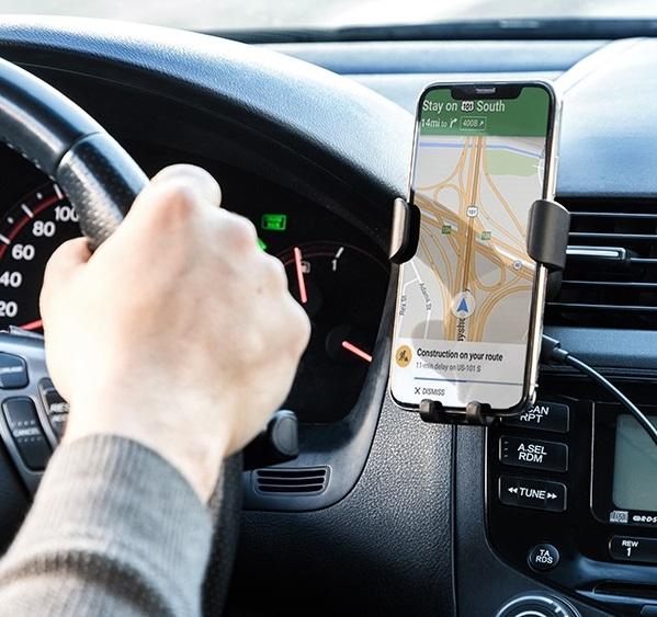 Suport de telefon mobil cu încărcător fără fir pentru mașini Wolder 1