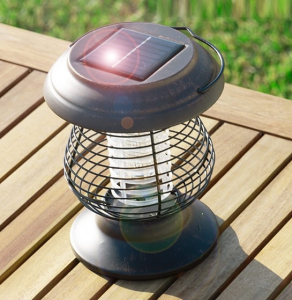 Lampa solara impotriva tantarilor