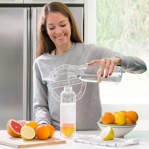 Sticla cu storcator de citrice1