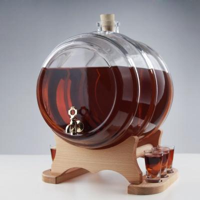 Set butoi din sticla cu 6 pahare