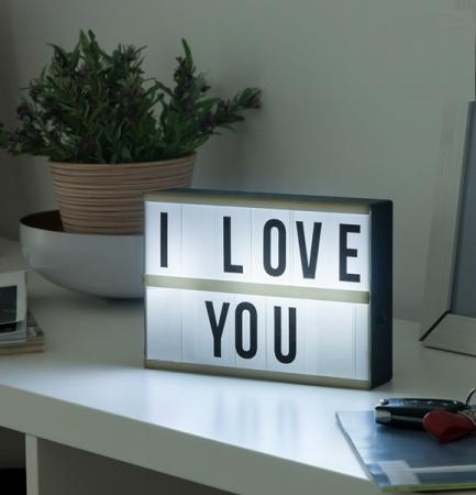 Caseta cu mesaj LED0