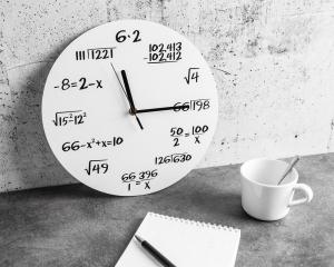 Ceas Matematica Alb2
