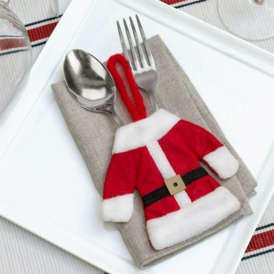 Costum de Mos Crăciun pentru tacamuri0