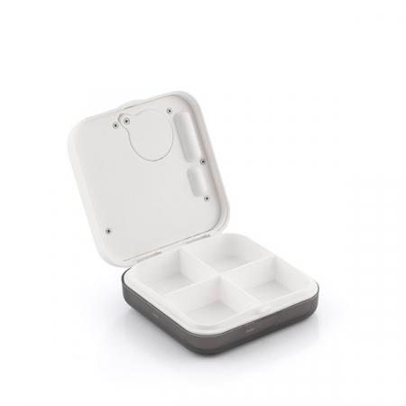 Cutie electronică inteligentă pentru pastile Pilly4