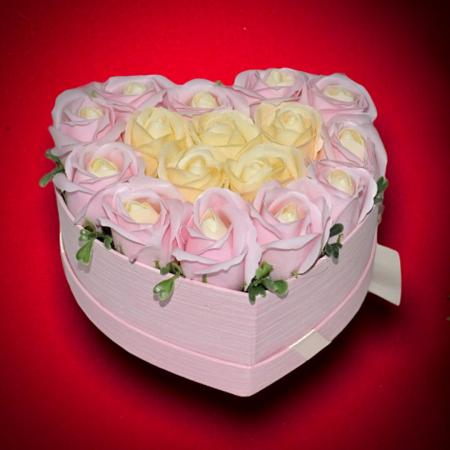 Cutie Inima cu Trandafiri din Sapun1