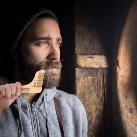 Set de pieptene din lemn pentru barbă și mustață3