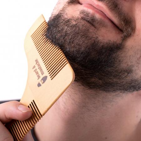 Set de pieptene din lemn pentru barbă și mustață2