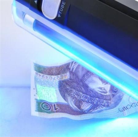 Tester bancnote cu raze UV0