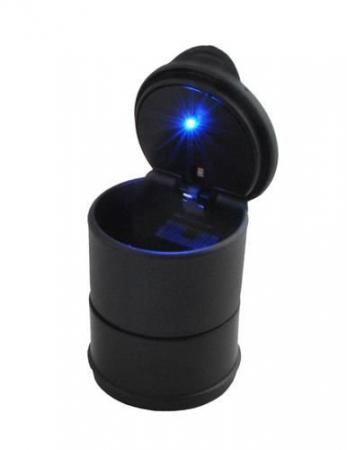 Scrumiera universala pentru masina cu capac si lumina led2