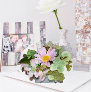 Cutie mica cu flori1