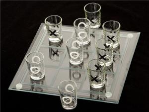 Joc de baut - X si 0 cu pahare1