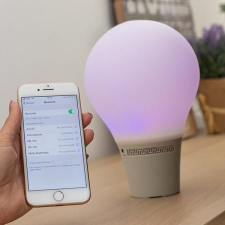 Lampă Bec LED Tactil din Silicon cu Boxă3