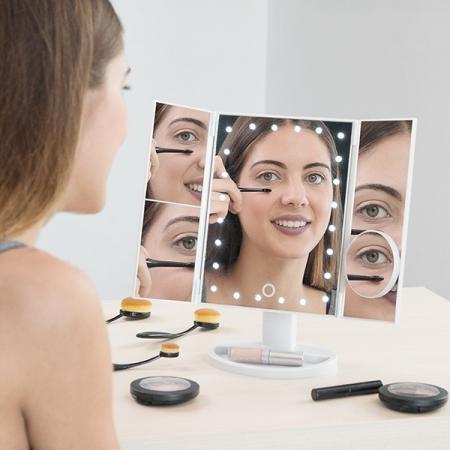 Oglinda Led cu efect de marire 4 in 10
