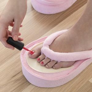 Papuci din spuma cu memorie pentru pedichiura