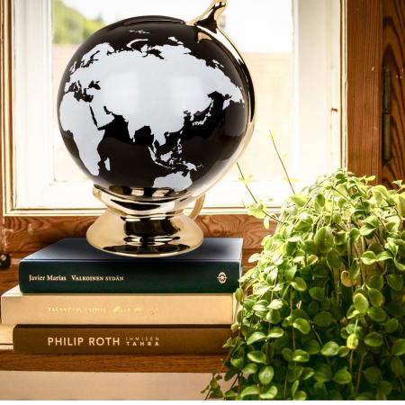 Pusculita Glob alb-negru