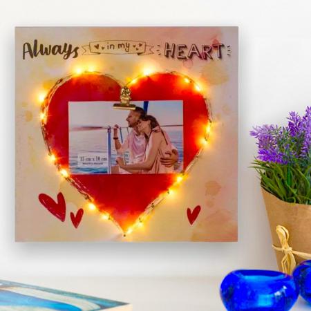 Rama foto Led Lovers personalizata cu o fotografie [1]