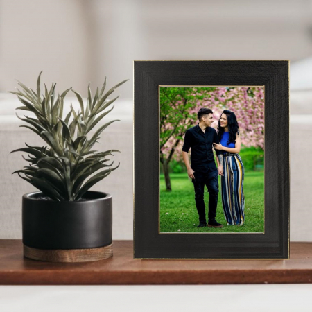 Rama foto  de birou Negru cu Auriu personalizata cu o fotografie0