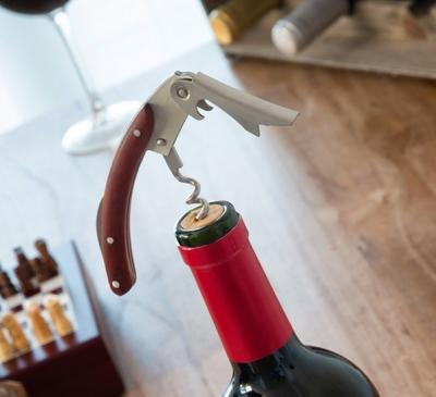 Set accesorii pentru vin3