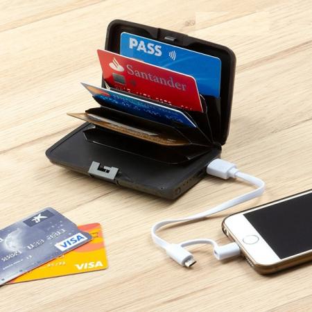 Portofel pentru carduri cu protecție antifraudă și power bank0